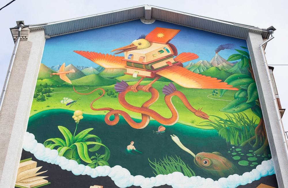 Creative Russian street-art: Huge Moscow graffiti - 06