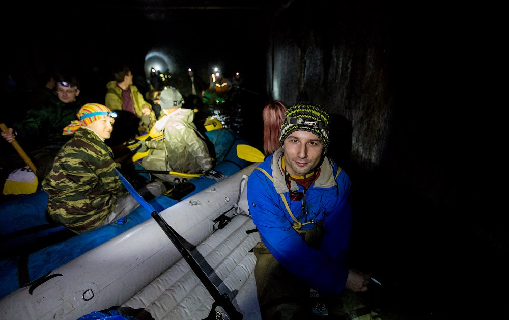Russian rafting style: How guys have fun under the ground - 19