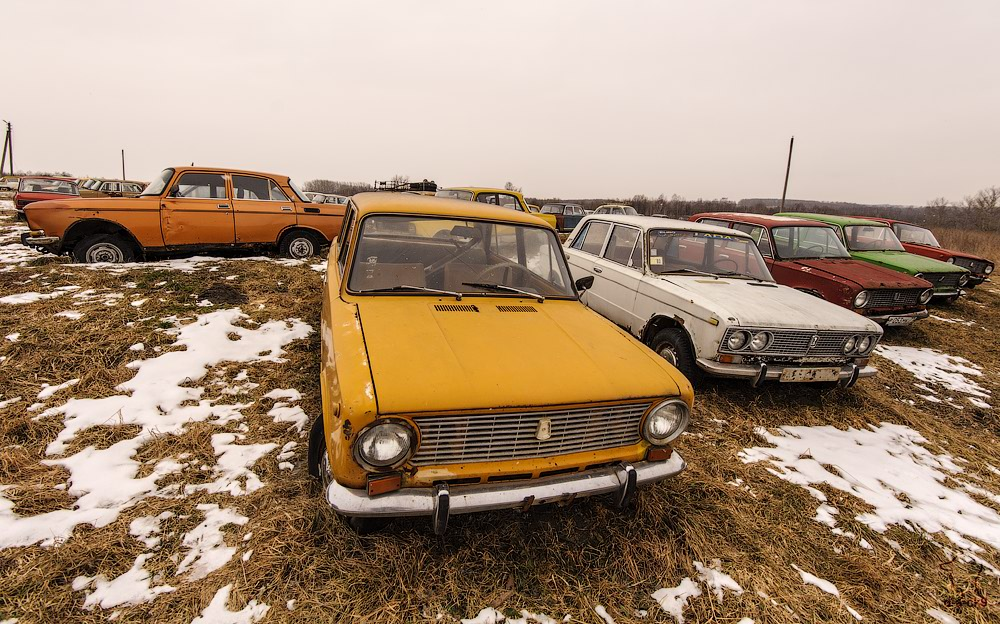 Cars cemetery: Dying unique old vehicles of Soviet Russia - 15