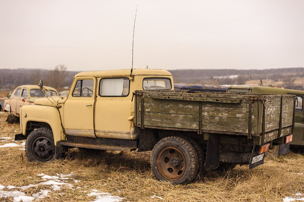 Cars cemetery: Dying unique old vehicles of Soviet Russia - 22