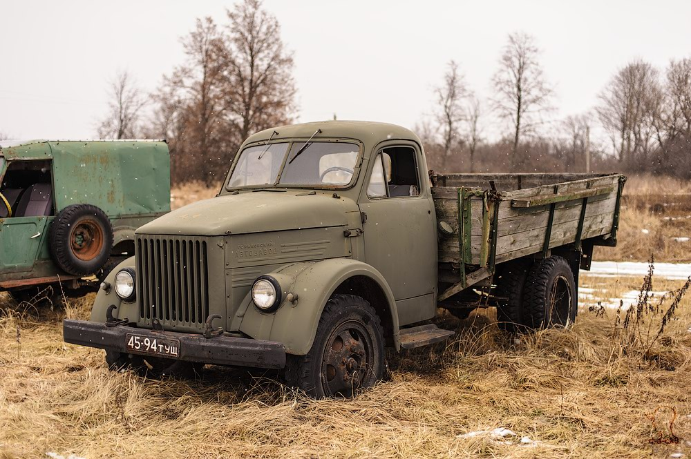 Cars cemetery: Dying unique old vehicles of Soviet Russia - 31