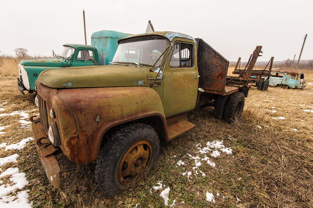 Cars cemetery: Dying unique old vehicles of Soviet Russia - 41