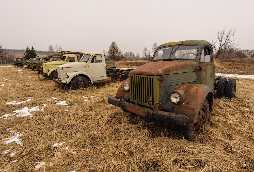 Cars cemetery: Dying unique old vehicles of Soviet Russia - 42