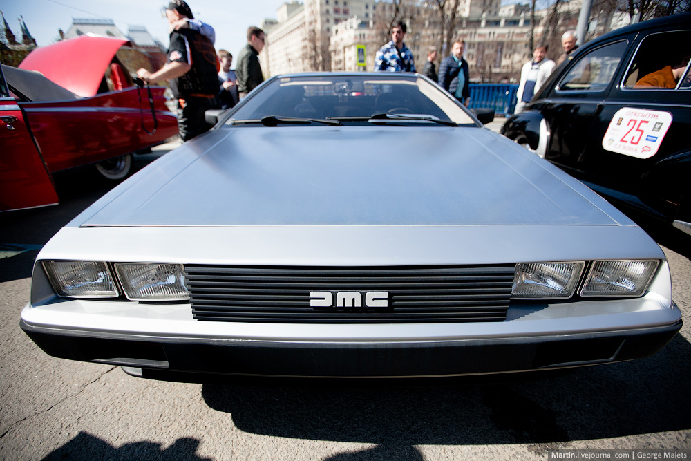DeLorean and 49 other unique old cars on the Retro Rally in Moscow - 01