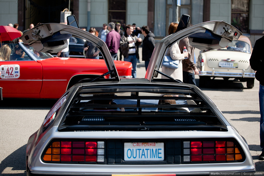 DeLorean and 49 other unique old cars on the Retro Rally in Moscow - 19