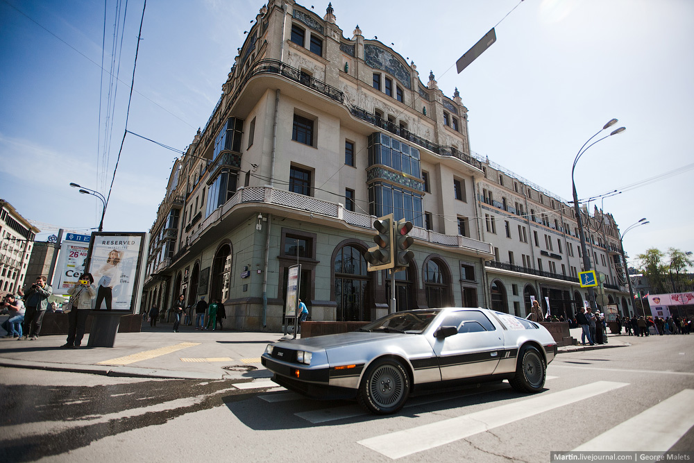 DeLorean and 49 other unique old cars on the Retro Rally in Moscow - 29