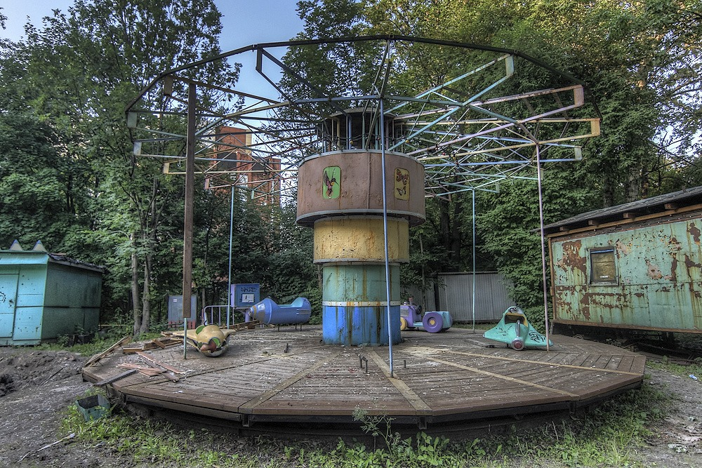 Lost childhood: Abandoned amusement park in Saint Petersburg - 13