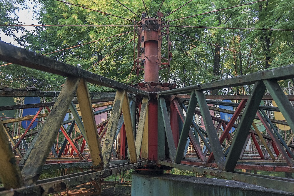 Lost childhood: Abandoned amusement park in Saint Petersburg - 02