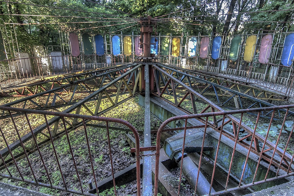 Lost childhood: Abandoned amusement park in Saint Petersburg - 03