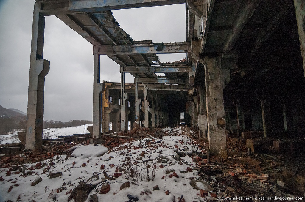 Ruins of abandoned Mining and Processing Plant Khrustalnensky - 03