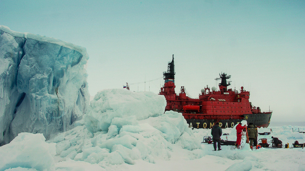 Breaking the ice: Russian nuclear powered icebreaker Yamal - 02