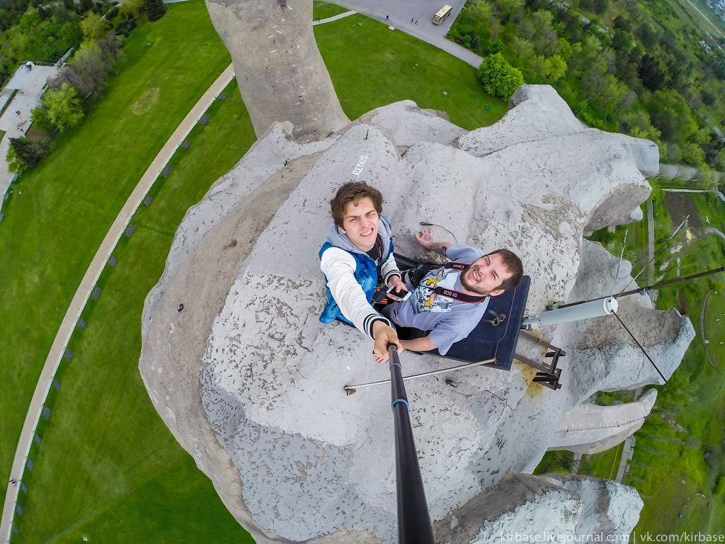 Climbing on top of the Motherland Calls Monument in Volgograd - 19