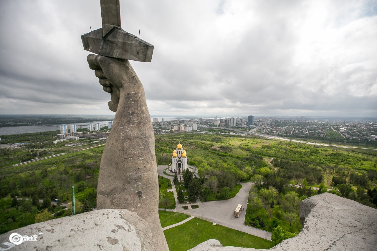 Climbing on top of the Motherland Calls Monument in Volgograd - 20