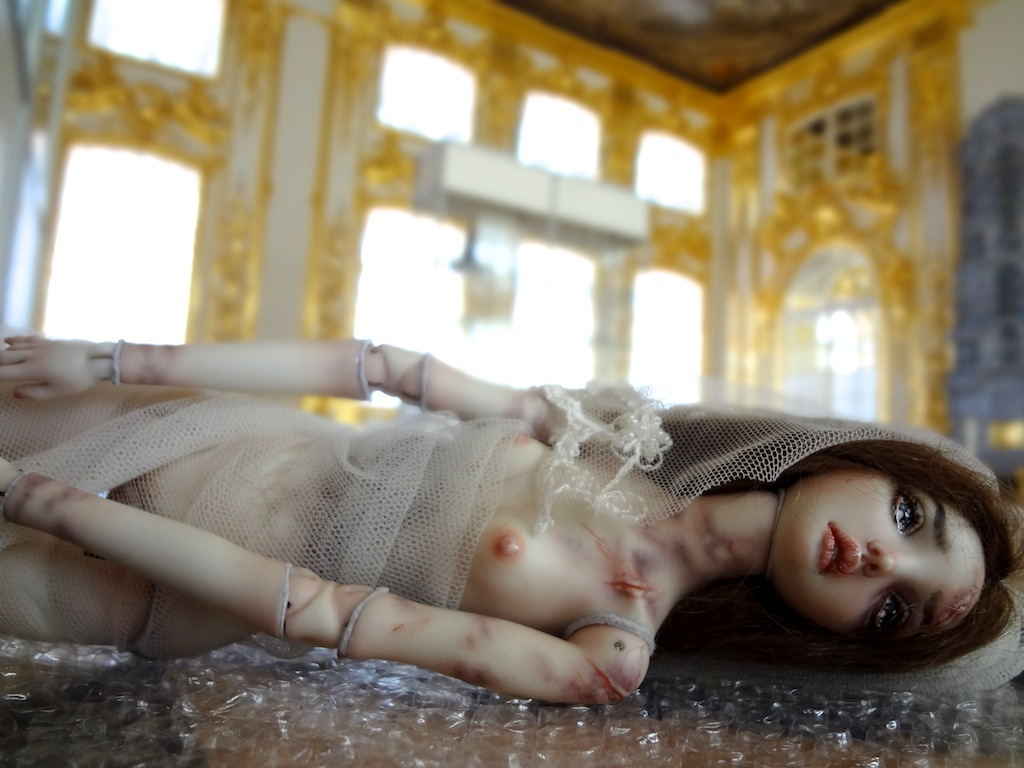 It is not the world of smiles: Enchanted Dolls by Marina Bychkova - 11