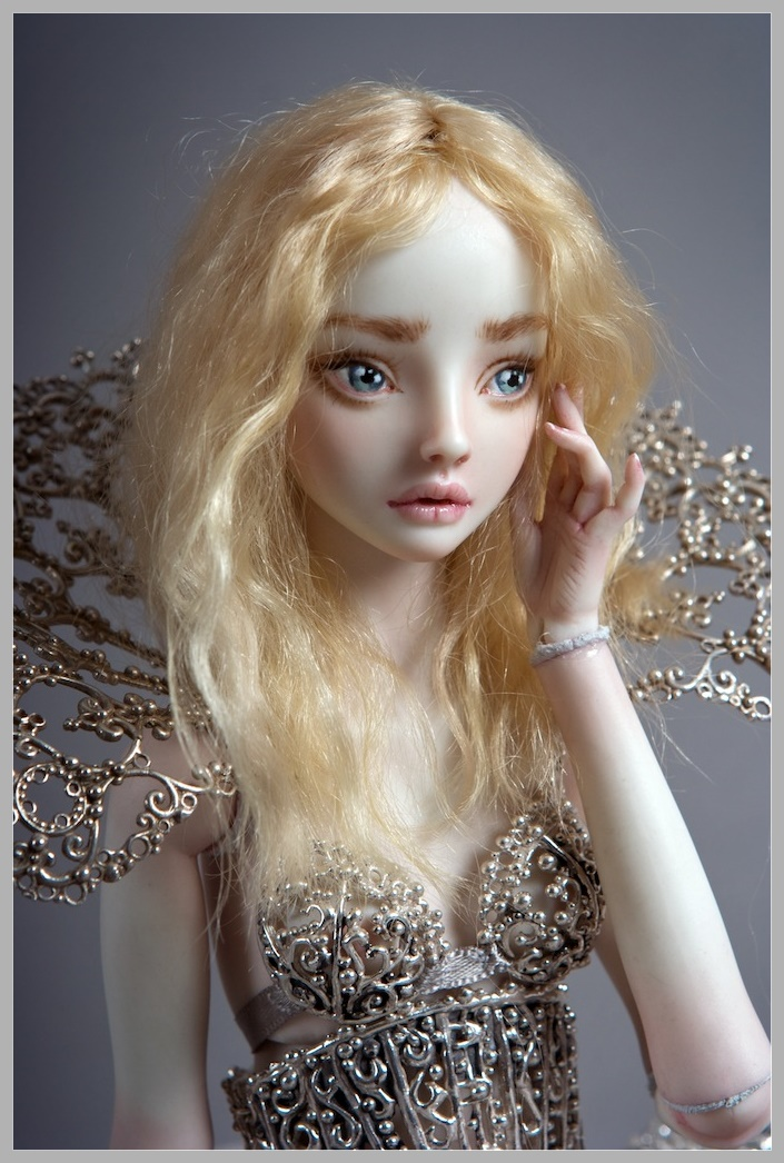 It is not the world of smiles: Enchanted Dolls by Marina Bychkova - 19