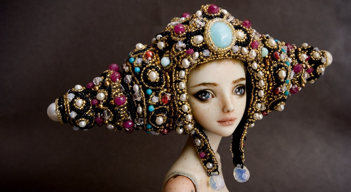 It is not the world of smiles: Enchanted Dolls by Marina Bychkova - 37