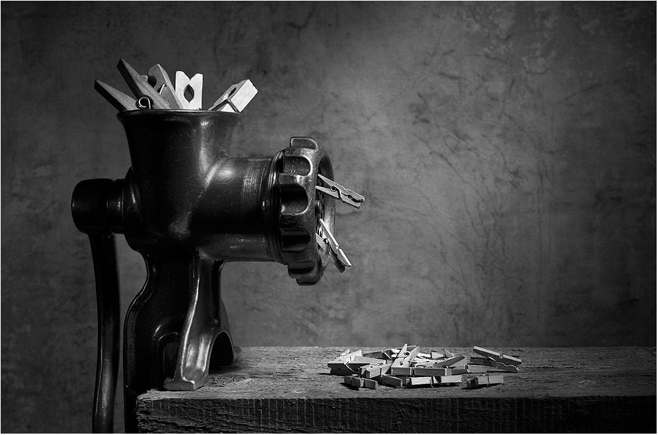 Black-white artwork by a Russian photographer Victoria Ivanova - 04