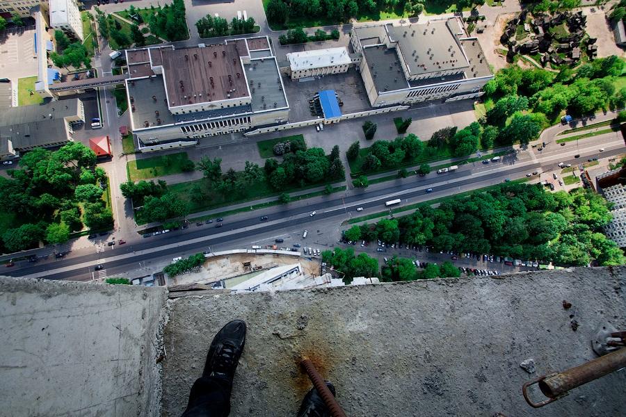 Breathtaking height: Photos by a Russian thrill seeker Marat Dupri - 10