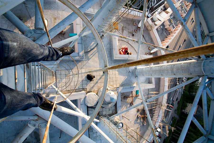 Breathtaking height: Photos by a Russian thrill seeker Marat Dupri - 11