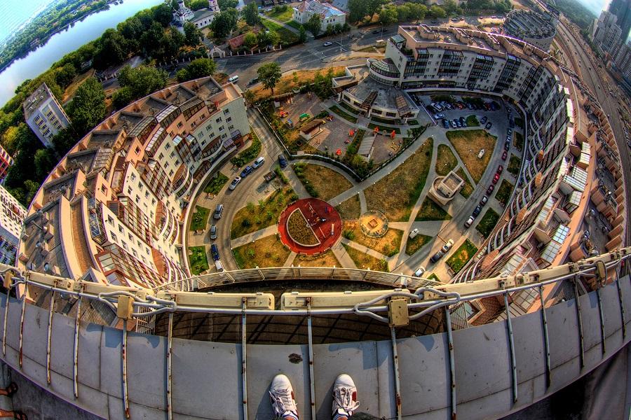 Breathtaking height: Photos by a Russian thrill seeker Marat Dupri - 18