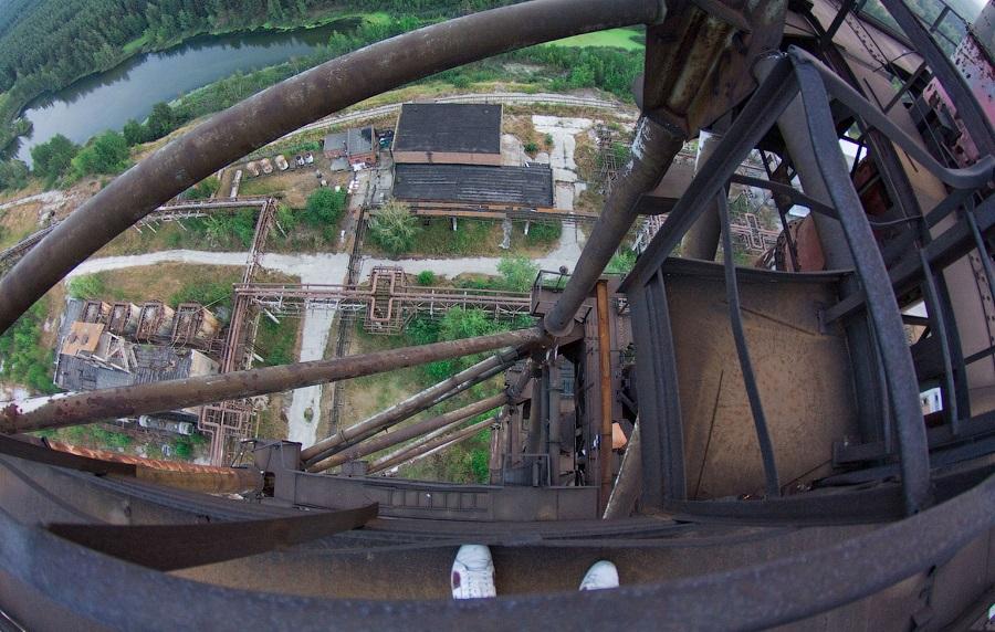 Breathtaking height: Photos by a Russian thrill seeker Marat Dupri - 25