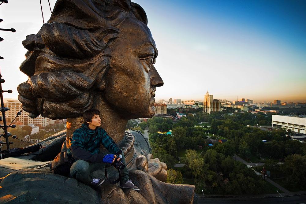Breathtaking height: Photos by a Russian thrill seeker Marat Dupri - 42
