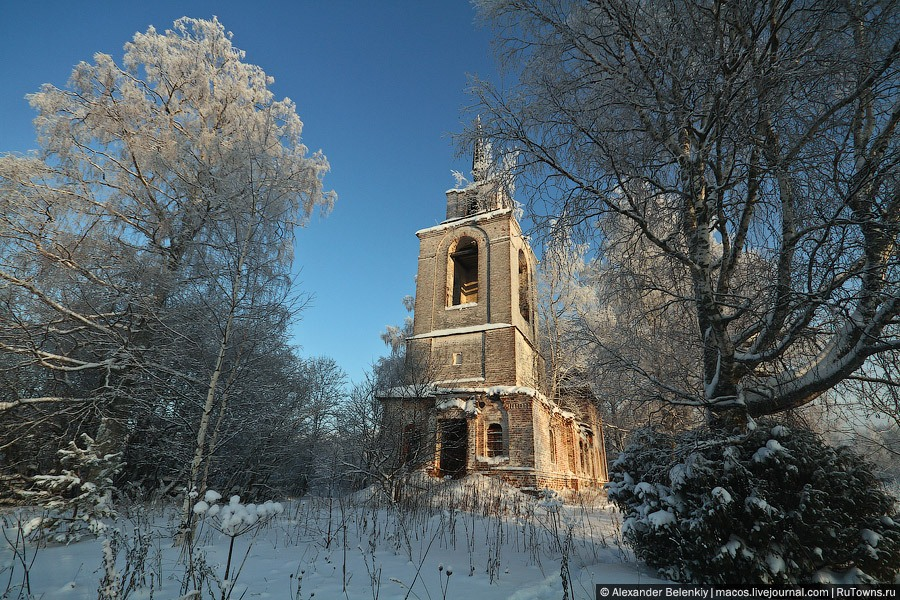 God-forsaken: Abandoned churches and cathedrals of Russia - 01