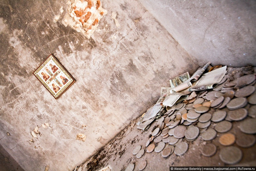 God-forsaken: Abandoned churches and cathedrals of Russia - 03