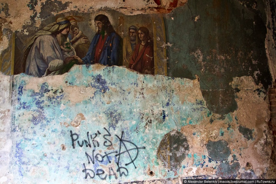 God-forsaken: Abandoned churches and cathedrals of Russia - 07