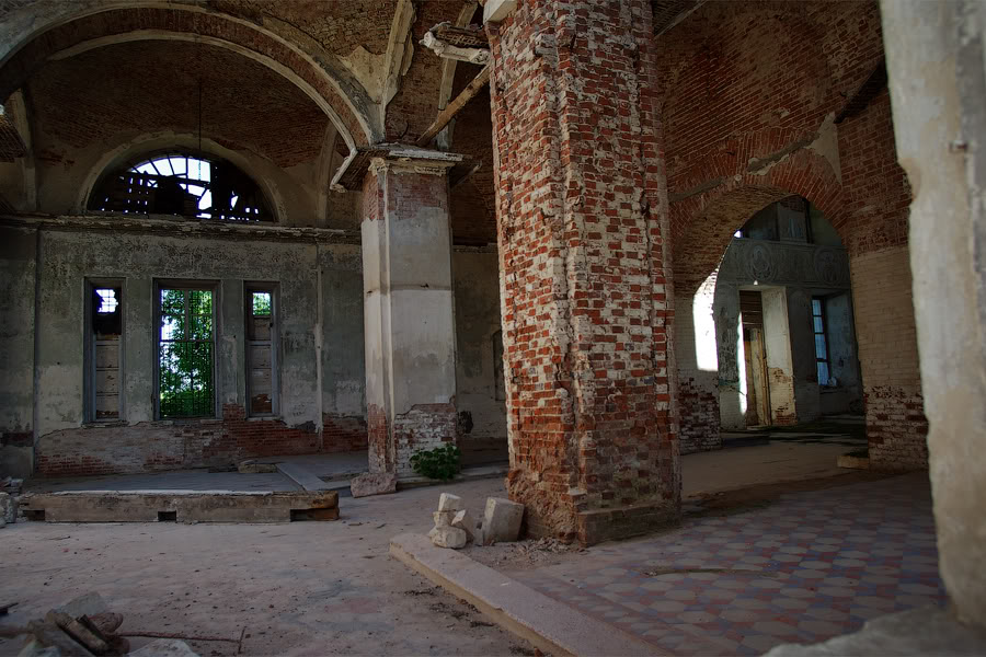 God-forsaken: Abandoned churches and cathedrals of Russia - 10