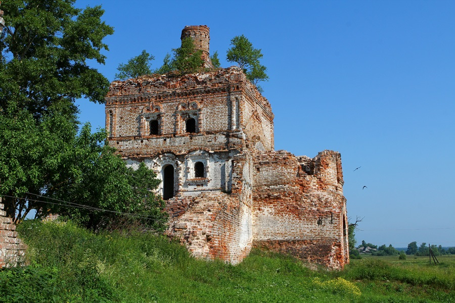 God-forsaken: Abandoned churches and cathedrals of Russia - 14