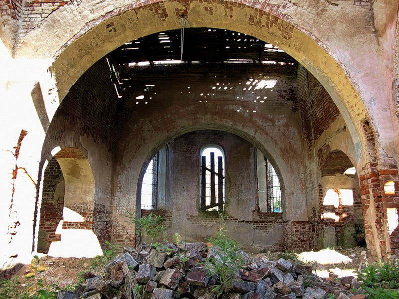 God-forsaken: Abandoned churches and cathedrals of Russia - 38