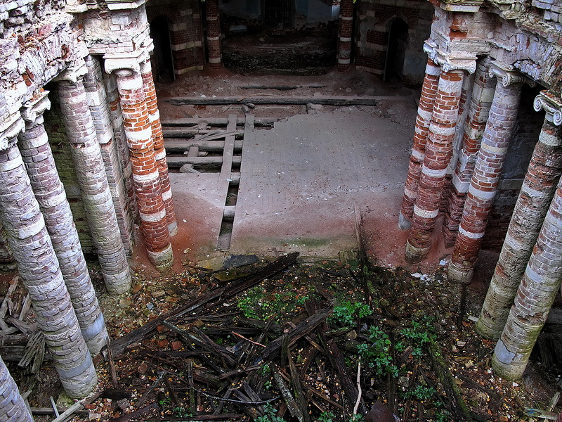 God-forsaken: Abandoned churches and cathedrals of Russia - 46