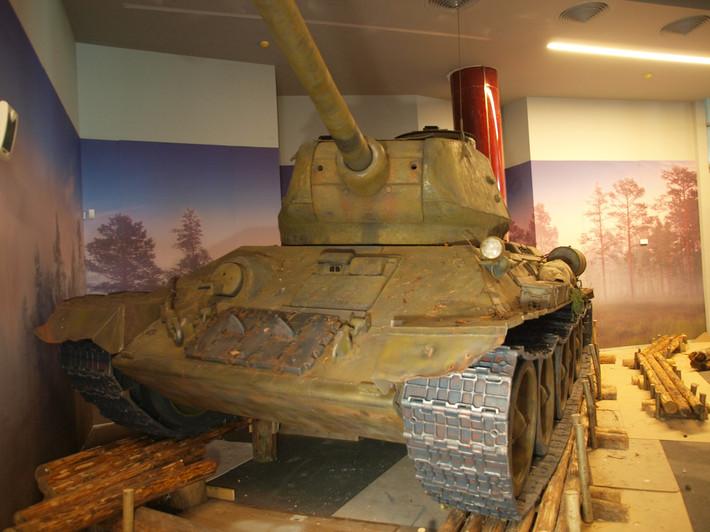 A great Soviet tank T-34 of the World War II made from polyfoam - 13