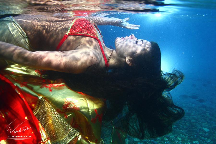 Underwater dances: Wonderful undersea photos by Vitaly Sokol - 31