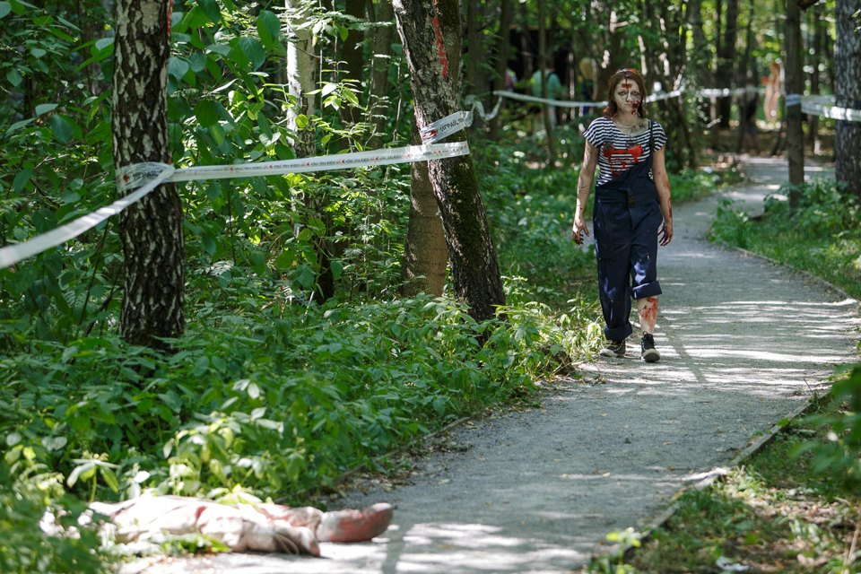 Enchanted race: Zombie attack in the Sokolniki Park in Moscow - 05