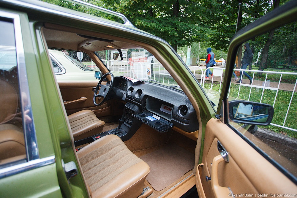 Retro Fest: 3rd festival of retro cars and antiques in Sokolniki Park - 16