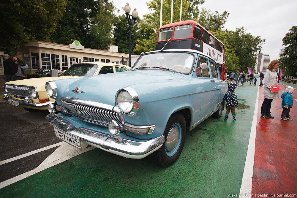 Retro Fest: 3rd festival of retro cars and antiques in Sokolniki Park - 39
