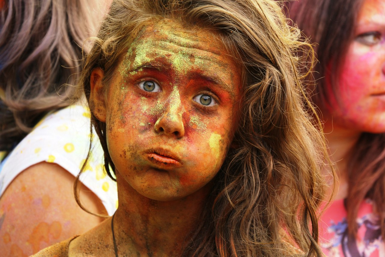 Bright summer: The festival of colours Holi in the capital of Ukraine - 19