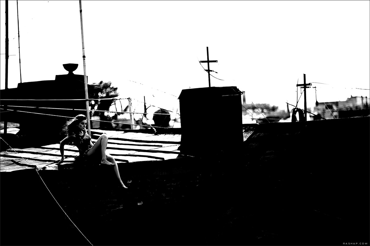 Charming black & white pictures by a photographer Ilya Rashap - 01