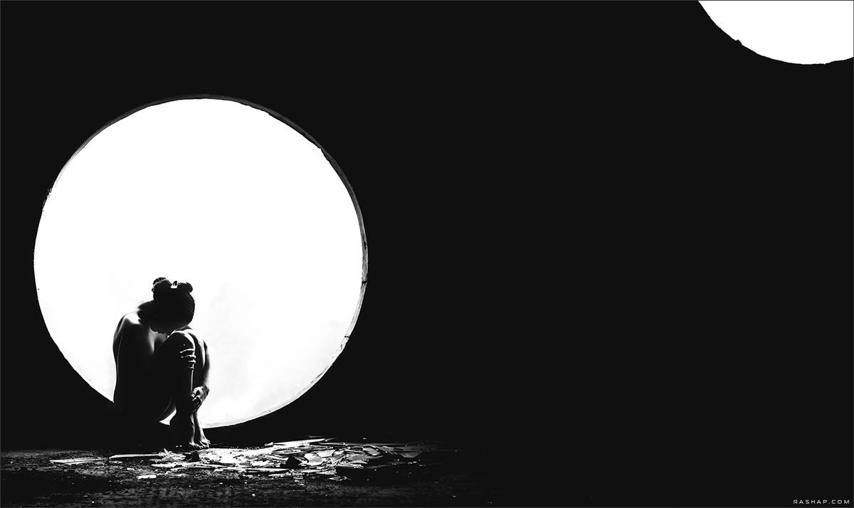 Charming black & white pictures by a photographer Ilya Rashap - 18