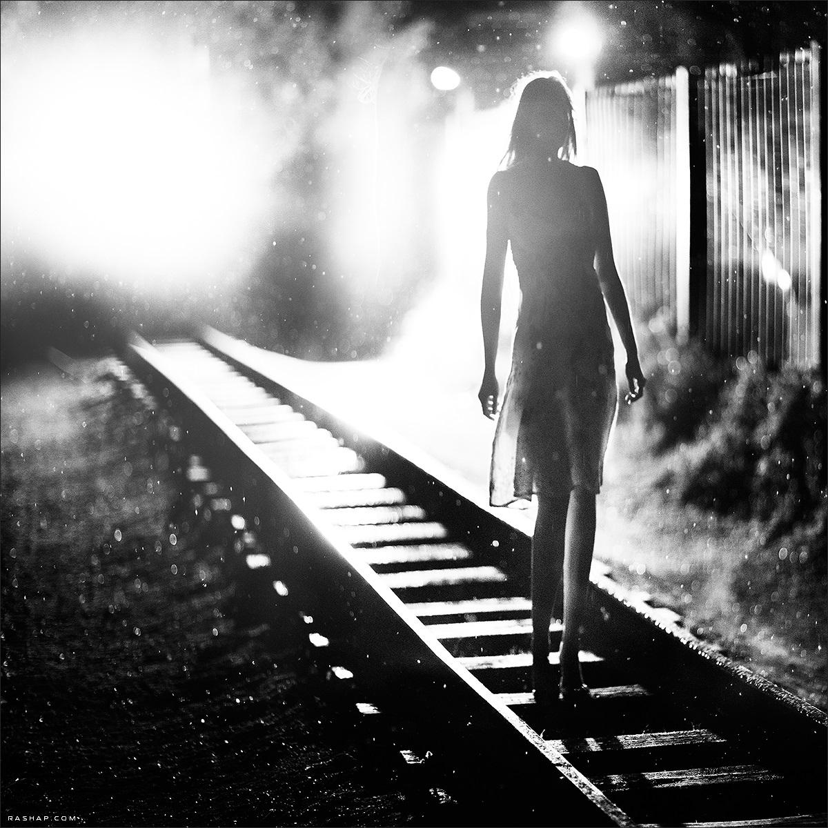 Charming black & white pictures by a photographer Ilya Rashap - 24