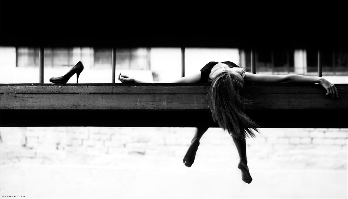 Charming black & white pictures by a photographer Ilya Rashap - 32