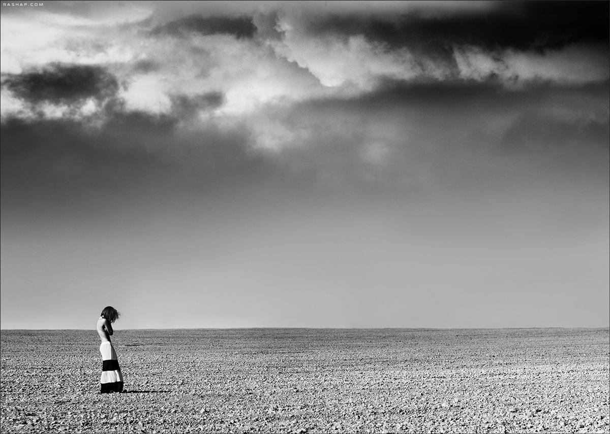 Charming black & white pictures by a photographer Ilya Rashap - 34