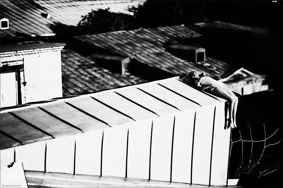 Charming black & white pictures by a photographer Ilya Rashap - 36