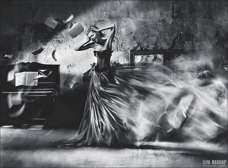 Charming black & white pictures by a photographer Ilya Rashap - 41
