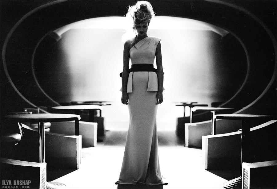 Charming black & white pictures by a photographer Ilya Rashap - 55