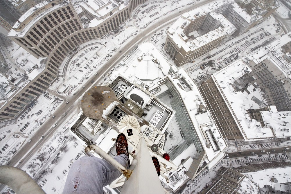 Extreme height: Crazy cityscapes by a thrill-seeker Ivan Kuznetsov - 10