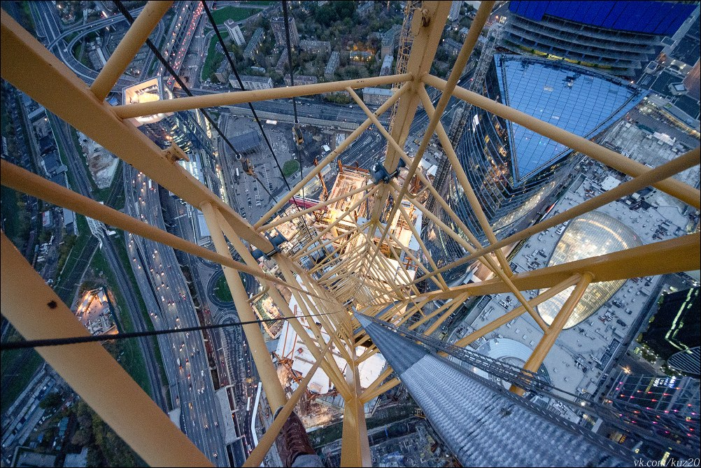 Extreme height: Crazy cityscapes by a thrill-seeker Ivan Kuznetsov - 16