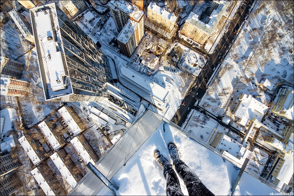 Extreme height: Crazy cityscapes by a thrill-seeker Ivan Kuznetsov - 35